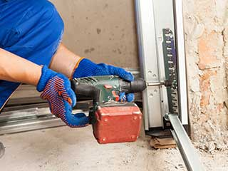 Garage Door Repair Near Me | Garage Door Repair Aurora